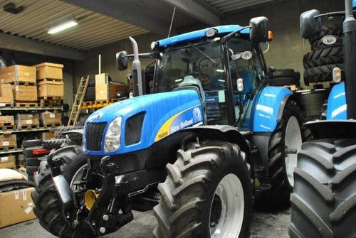 2011 New Holland T 6050