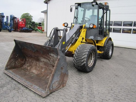 2007 New Holland W 80
