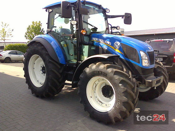 2015 New Holland T 4.95