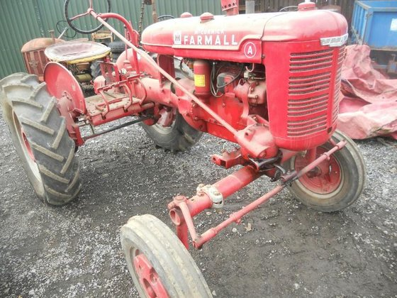 MC COMMICK FARMALL A in