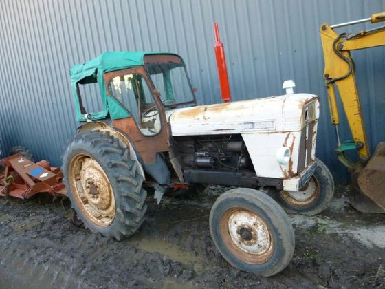 DAVID BROWN TRACTOR NEW BACK