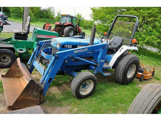 NEW HOLLAND 1720 Loader Diesel