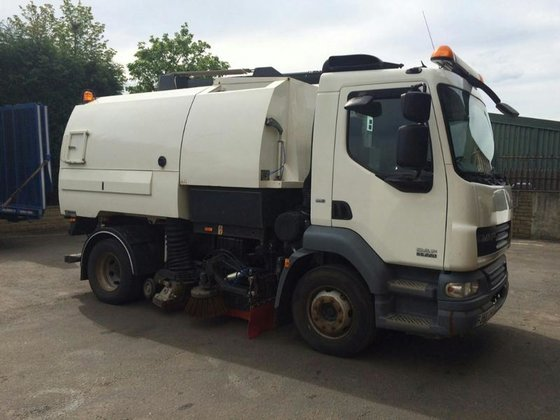 2009 DAF LF45 JOHNSTON VT550