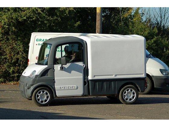 2008 MEGA TRUCK Runaround Diesel