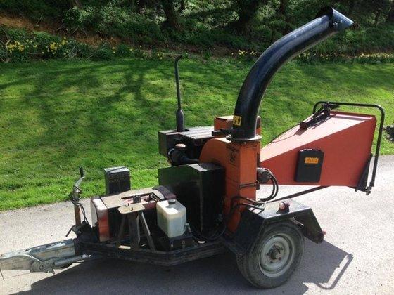 BEARCAT 72928 WOOD CHIPPER Diesel