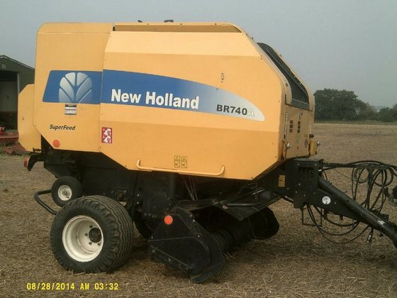 2007 NEW HOLLAND BR740A BR740A