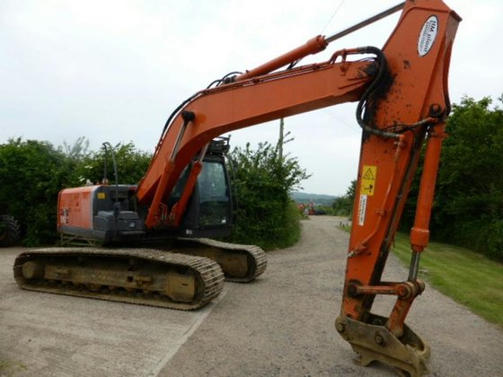 2009 HITACHI ZX210LC tracked digger