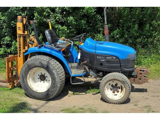 NEW HOLLAND TC27-D Diesel in
