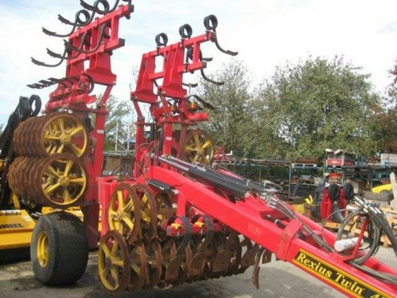 2011 VADERSTAD REXIUS TWIN in