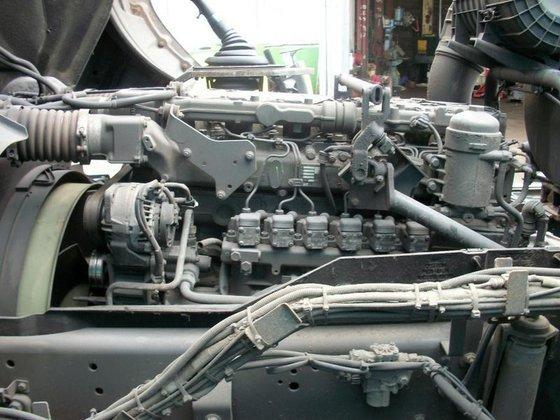 2004 DAF 75CF 310 Engine