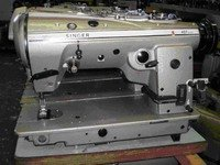 Singer 457U Sewing Machine in