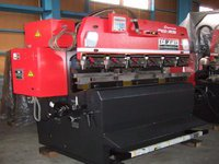 2000 Amada RG-25 1.2m Hydraulic