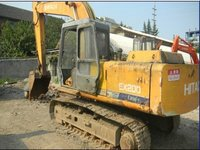 Hitachi EX 200 Excavator in