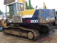 1989 Komatsu PC200-5 Excavator in