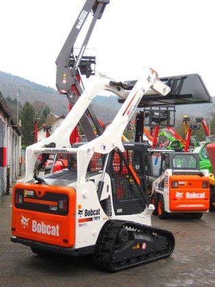 2013 Bobcat track loader BOBCAT T 590 in Fürth, Germany