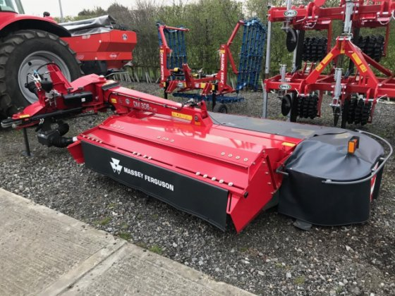 2018 Massey Ferguson MF DM306 Disc Mower Conditioner MA457334 in Grantham,  United Kingdom