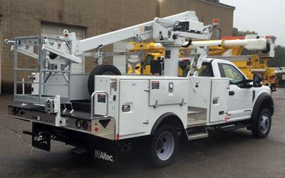 2017 ALTEC AT235P in Sterling, MA, USA