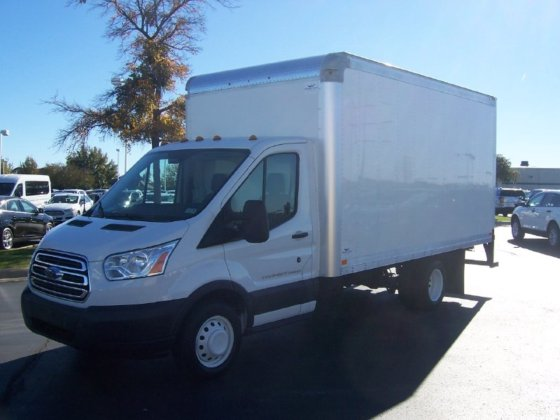 2017 FORD TRANSIT BOX TRUCK
