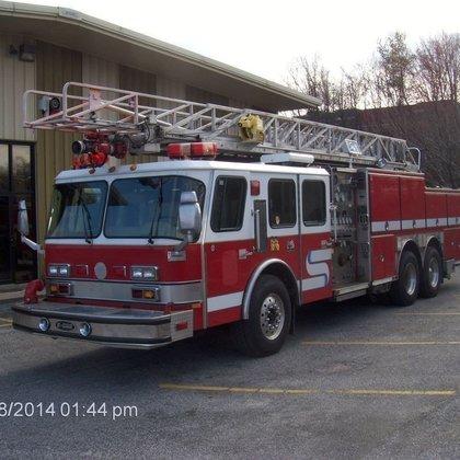 1995 E-ONE FIRE TRUCK FIRE
