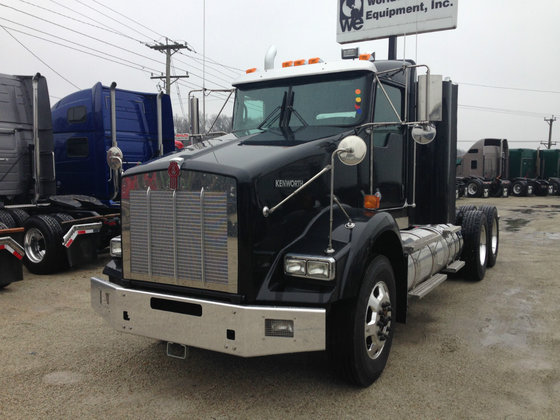2015 KENWORTH T800 CONVENTIONAL -