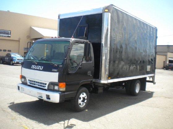1997 ISUZU NPR Box truck