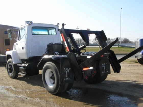 1991 FORD L7000 Garbage truck