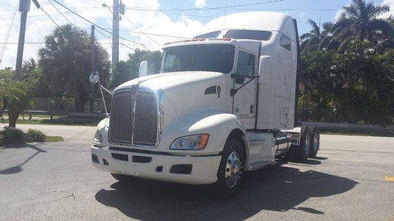 2011 KENWORTH T660 CONVENTIONAL -