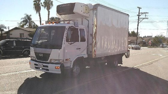 2008 UD TRUCKS 1800 BOX