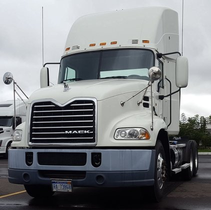 2012 MACK PINNACLE CONVENTIONAL -