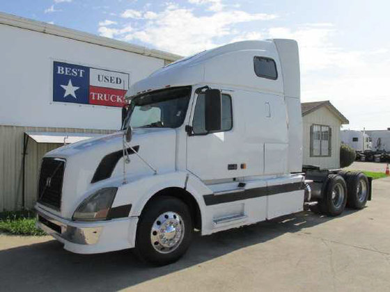 2006 VOLVO VNL CONVENTIONAL -