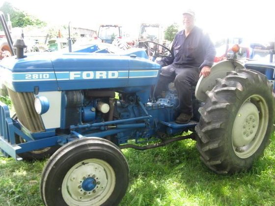 1985 FORD 2810 Tractors in