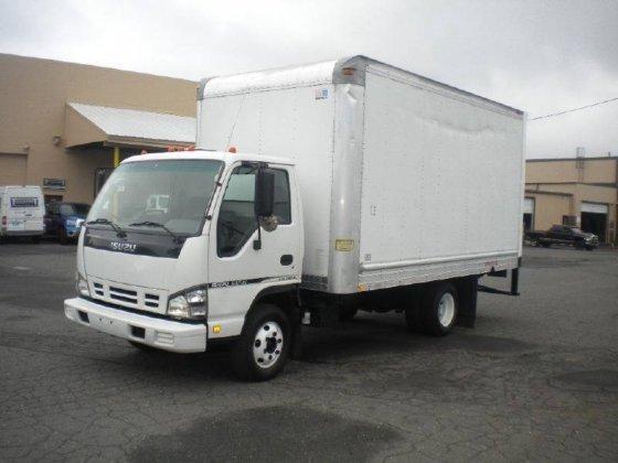 2006 ISUZU NPR Box truck