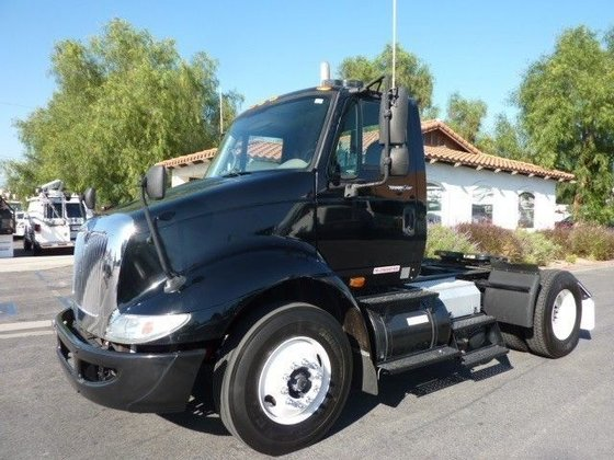 2008 INTERNATIONAL 8600 CONVENTIONAL -