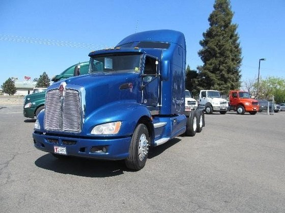 2011 KENWORTH T600 Conventional -