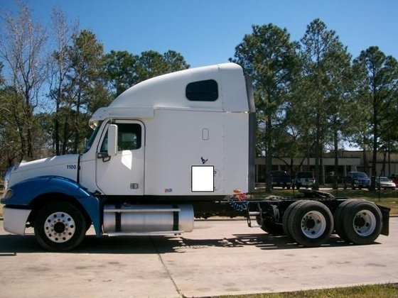 2004 FREIGHTLINER COLUMBIA 120 CONVENTIONAL
