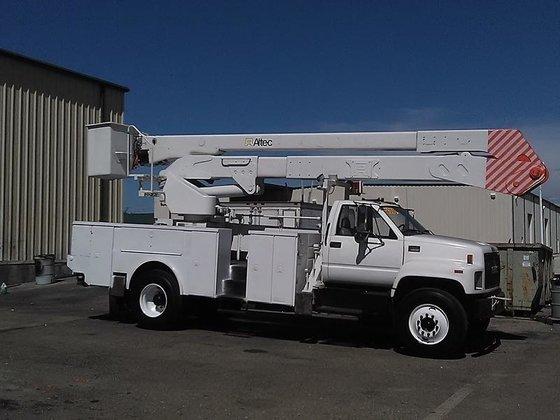 2002 GMC C7500 Bucket truck