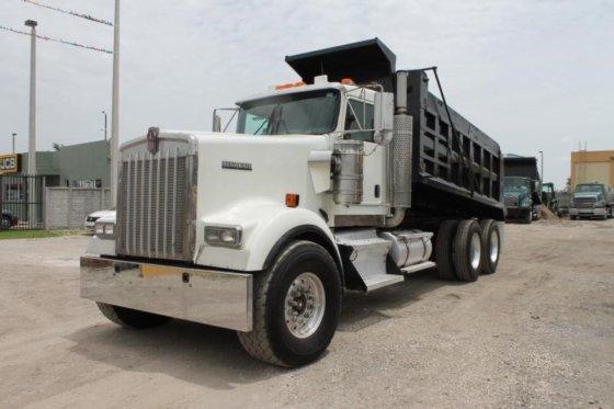 2005 KENWORTH W900 Dump truck