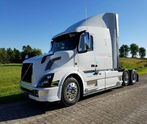 2016 VOLVO VNL CONVENTIONAL -