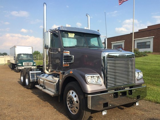 2016 FREIGHTLINER 122SD CONVENTIONAL -