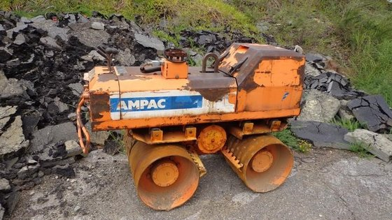 2000 AMPAC 33XL2 in Wilmington,