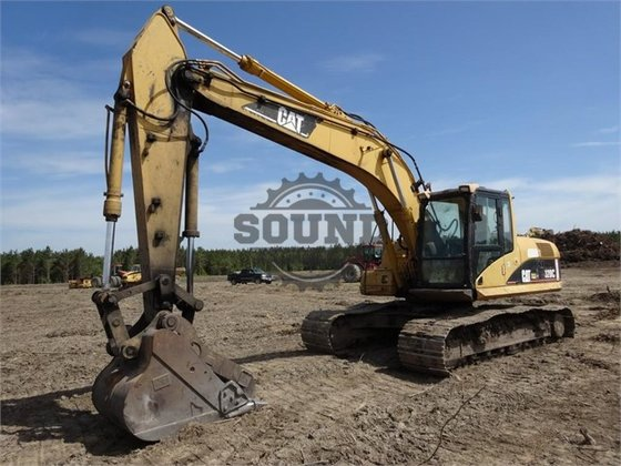 2001 CATERPILLAR 320CL in Wilmington,