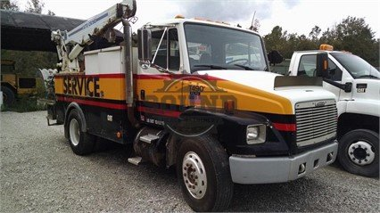 1998 FREIGHTLINER FL70 in North