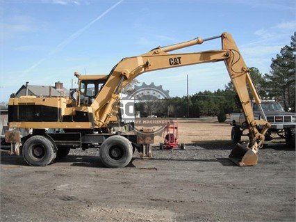 1993 CATERPILLAR 214B FT in