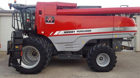 2014 MASSEY-FERGUSON 9540 in Arthur,