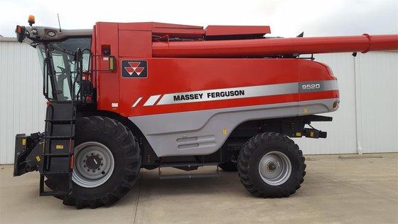2014 MASSEY-FERGUSON 9520 in Arthur,