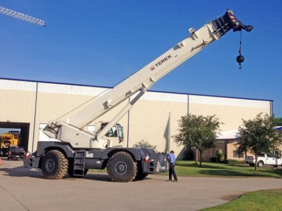 2016 Terex RT130 in Houston,