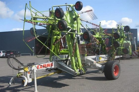 2010 CLAAS Liner 3000 Windrower