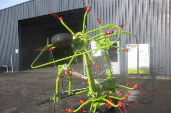 2016 CLAAS VOLTO 52 Windrower