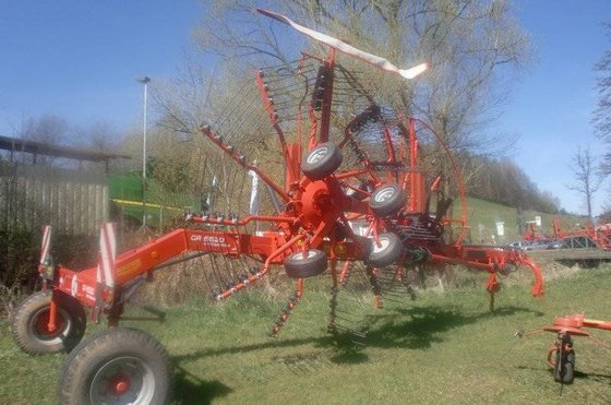 2014 Kuhn GA 6620 Windrower