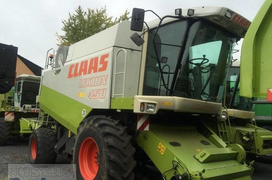CLAAS Lexion 450 Combine harvester
